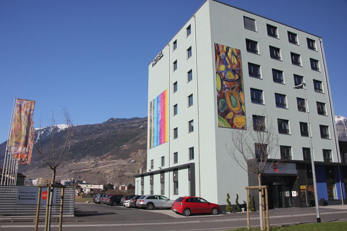 Ext rieur martigny boutique h tel valais suisse for Hotel boutique martigny